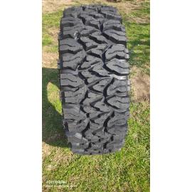 Offroad pneu 265 70 17 wrangler